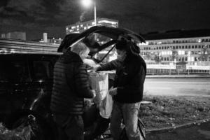 Centre de la photographie Genève - Dans la Genève précarisée - Aurélien Fontanet - La Caravane Sans Frontieres - 14